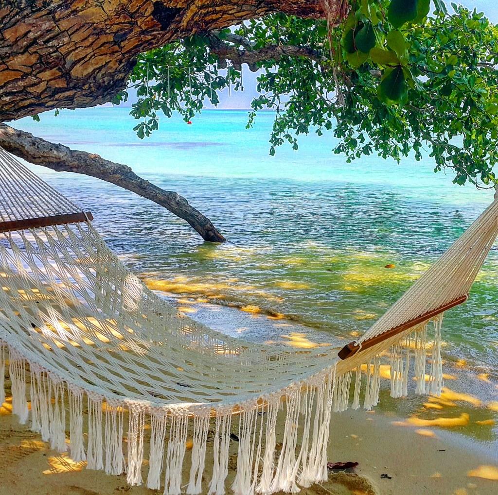 пляж острова Крадан